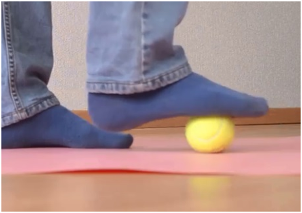 get rid foot pain using tennis ball